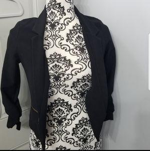 Black 3/4 quarter blazer womens size small